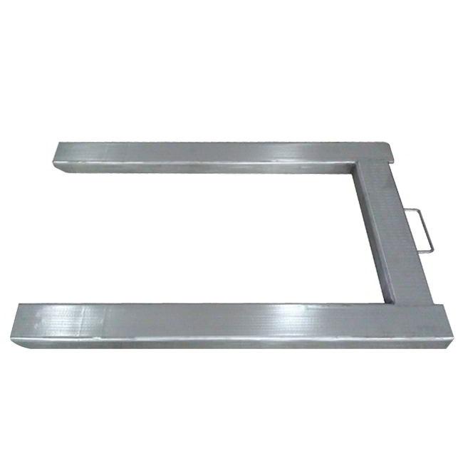 Электронные паллетные весы имеют п-образную платформу, являющуюся идеальным вариантом измерения веса продукции, лежащей на паллетах, поддонах, европаллетах. PPH PPI Dibal до 1500 кг. Весы паллетные Dibal PPI Вся конструкция весов из нержавеющей стали. Электронные паллетные весы на 1500кг производства Dibal Испания модели PPI состоят из грузоприемной П-образной платформы, 4-х тензометрических датчиков с классом защиты ІР68